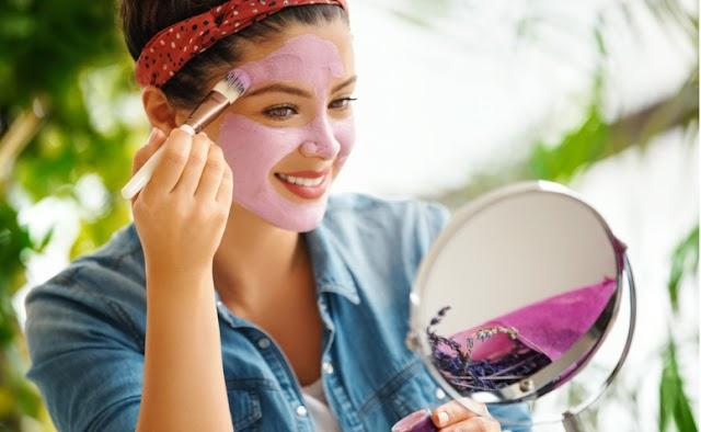 Benefícios da argila roxa para a pele e como fazer a aplicação correta