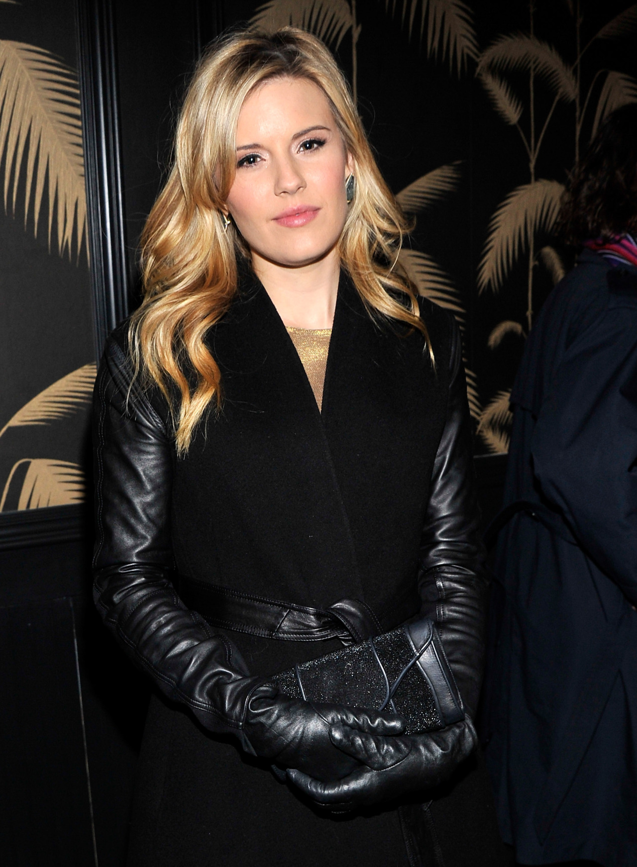 leather leather leather blog maggie grace in leather gloves