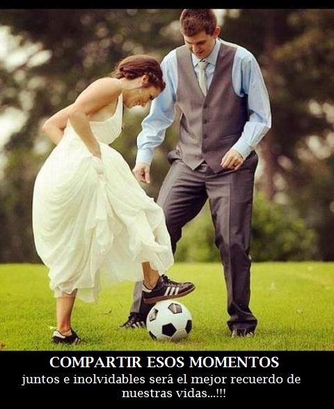 Imagenes De Mujeres Jugando Futbol Con Su Novio