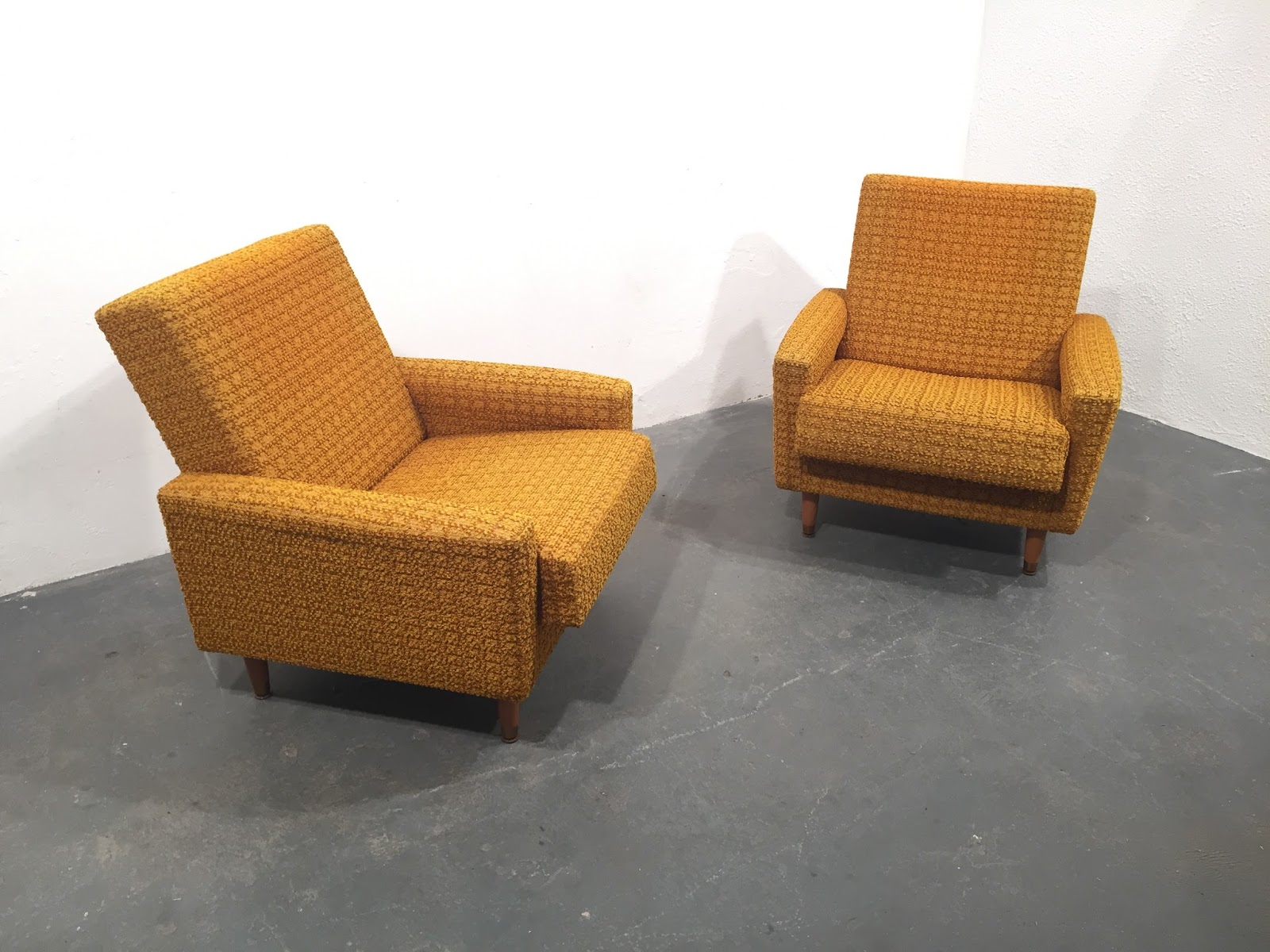 Ocd vintage furniture ireland for Original design furniture
