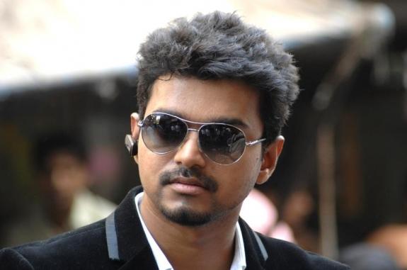 Kanyakumari Best Clikz: Vijay's Thuppaki Stills