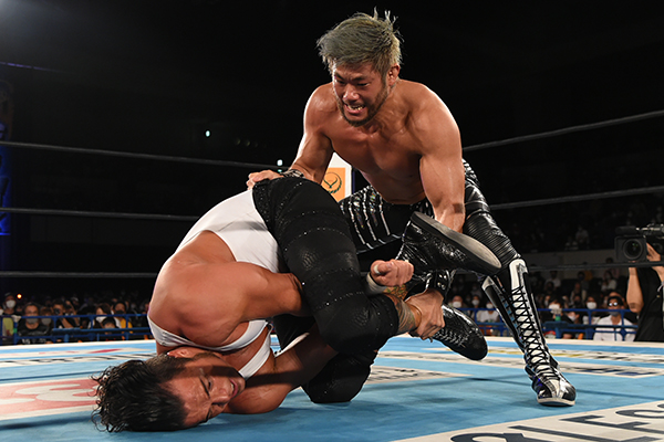 SANADA and Juice Robinson