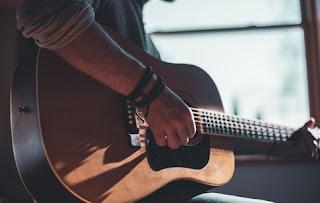 Tips Belajar Gitar