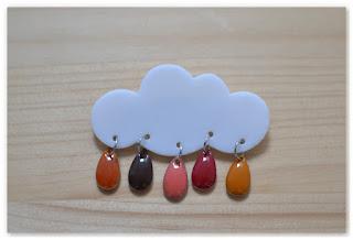 broche nuage et gouttes couleurs automnales