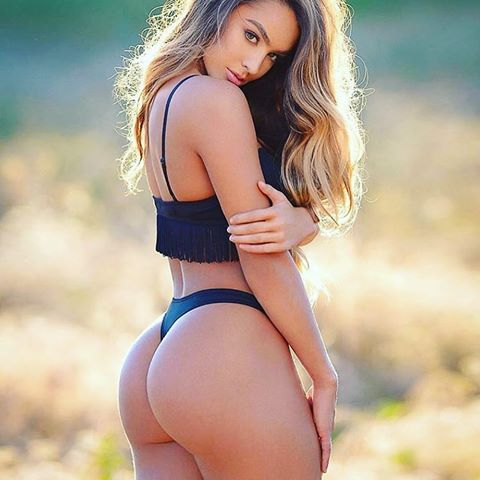 sommer ray top hottest model instagram