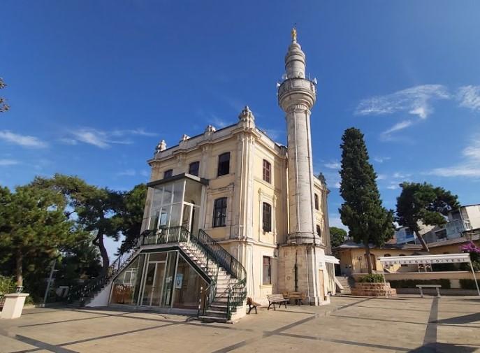 istanbul adalar gezilecek tarihi yerler hamidiye camii