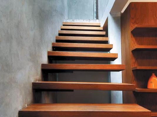 Desain Tangga Rumah Dari Kayu