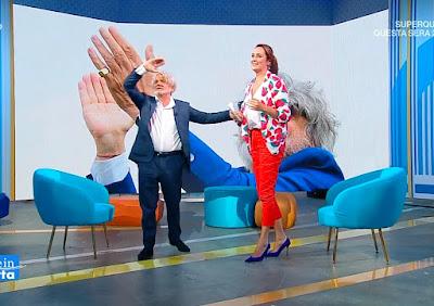 altezza Roberta Capua conduttrice tv estate in Diretta 28 luglio massimo Ferrero