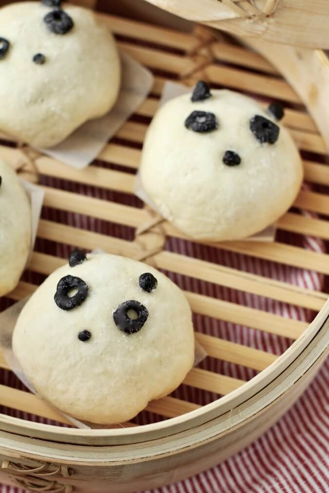 Beef and Sweet Onion Dim Sum in a Steamer