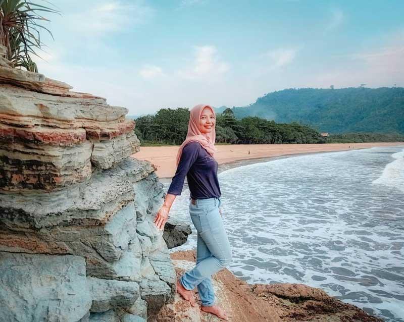 Pantai Perawan Sidoasri Malang
