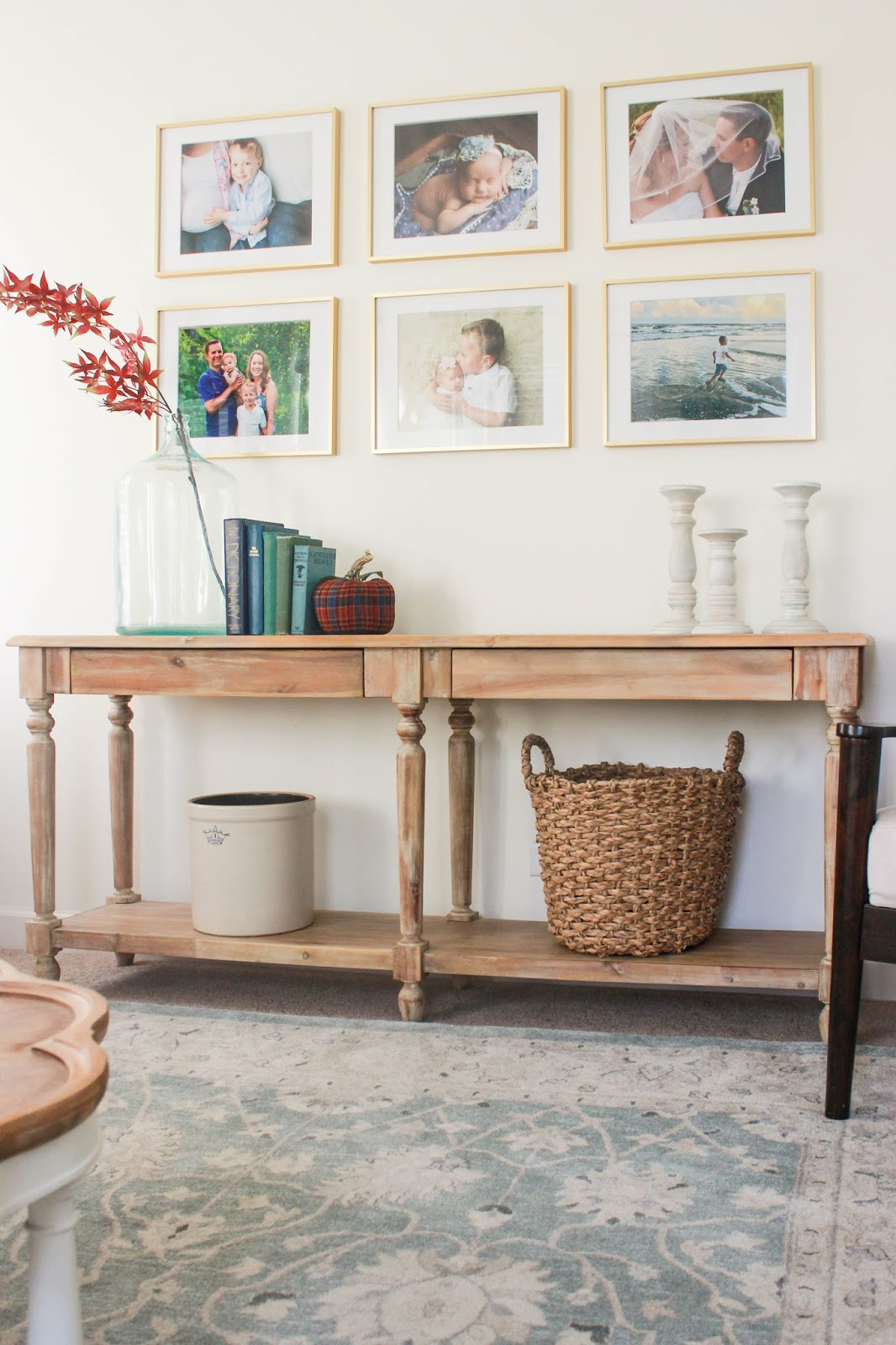 fall decor ideas console table