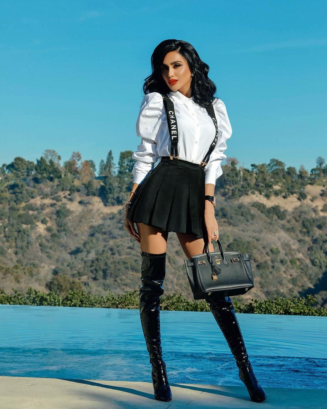 Lilly Ghalichi 7