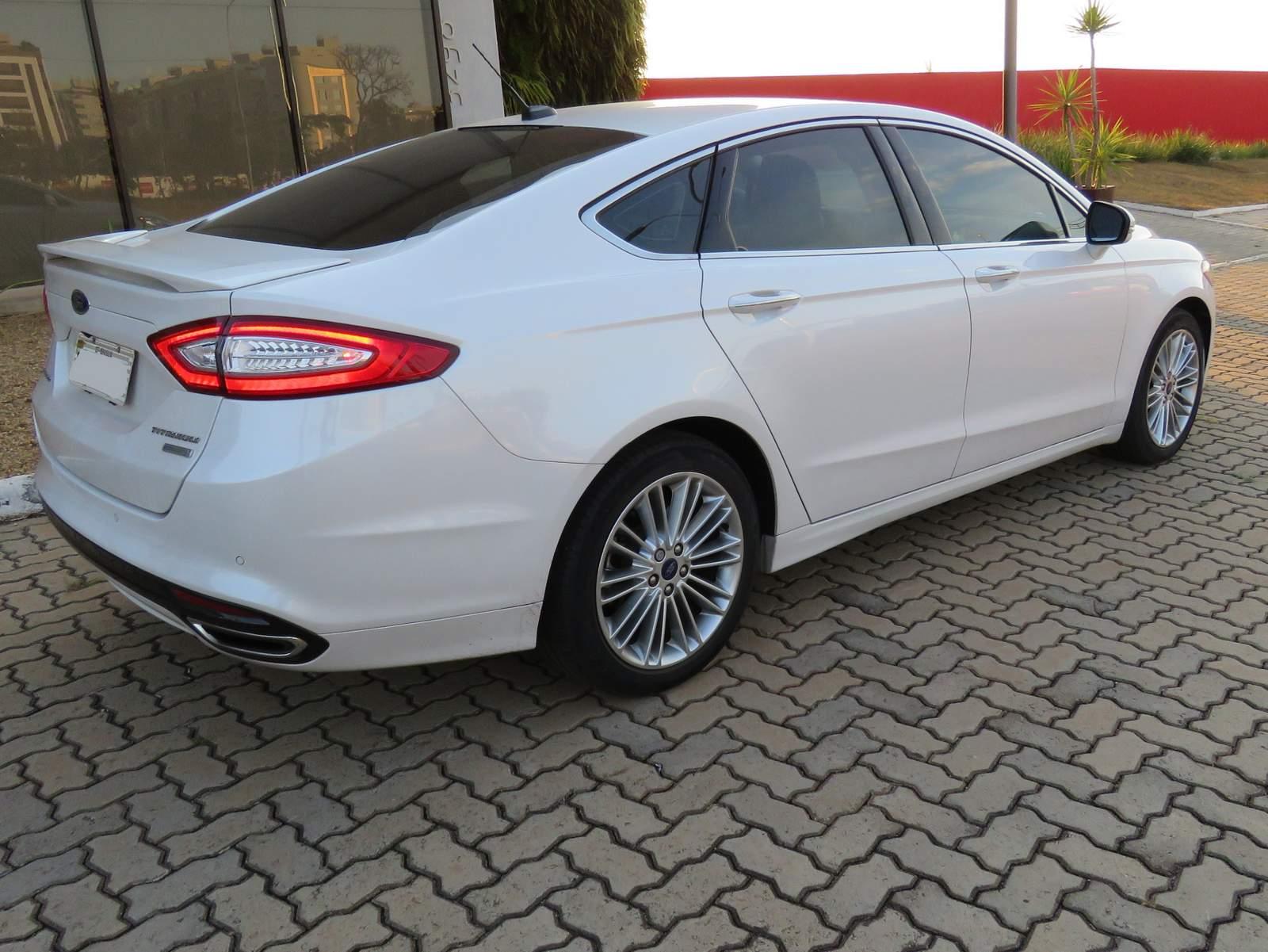 Ford fusion 2016 titanium branco p rola