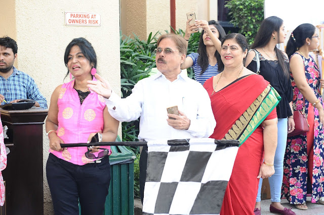 Woman's Era 16th Mega Family Car rally Flag off Ceremony