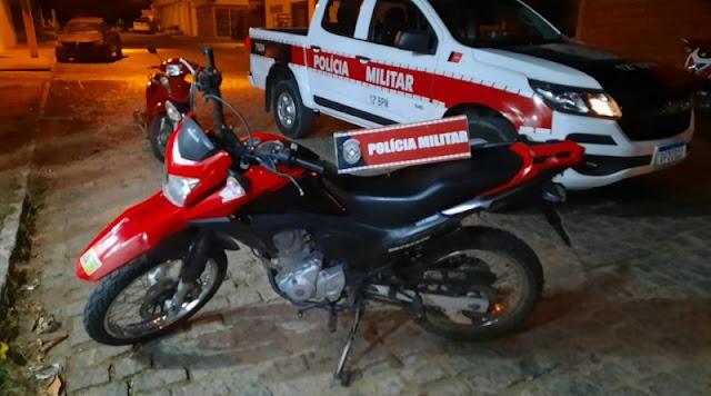 Polícia Militar recupera moto furtada na cidade de São Bento