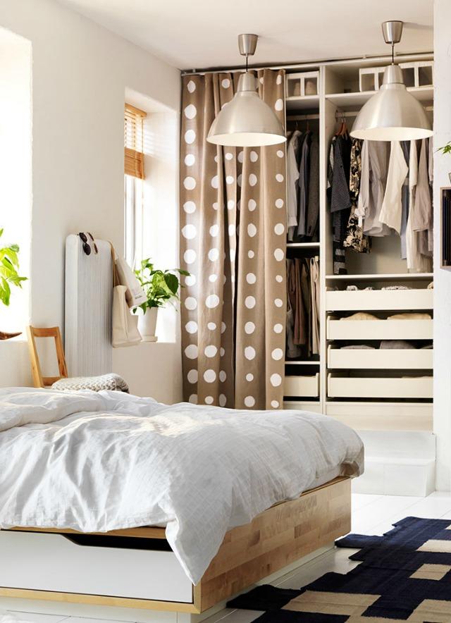 De lunes a domingo soluciones para habitaciones sin armarios - Como amueblar un dormitorio pequeno ...