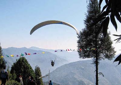 Paraglider sikkim pelling