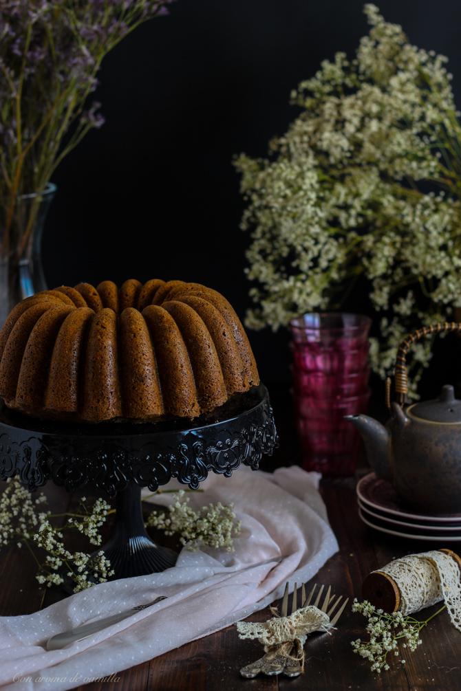 Bundt cake sésamo negro
