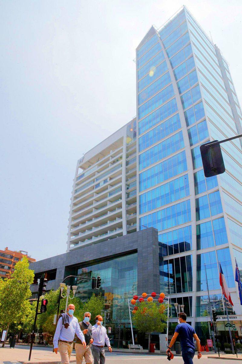 Ventajas y desventajas de vivir en un edificio con hotel incluido