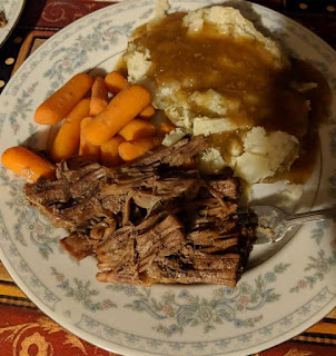 Cooking a Roast in a Cast Iron Dutch Oven, how to cook a roast in a cast iron dutch oven, Dutch Oven Pot Roast with Carrots and Potatoes, old fashioned pot roast, granddaddys pot roast, insulin pump,