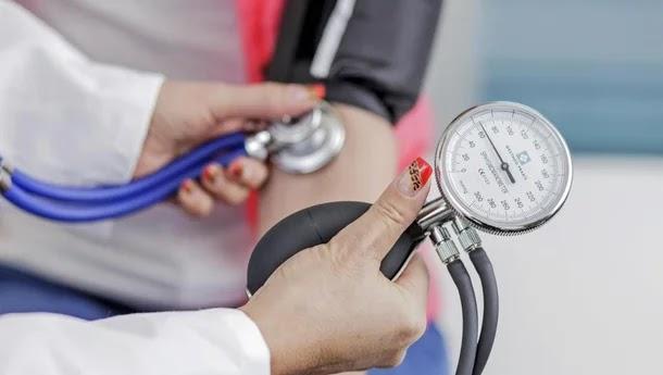 ارتفاع ضغط الدم عند النساء: أسباب وطرق الوقاية منه