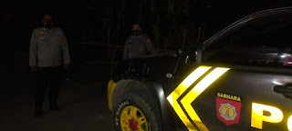 Tak Gentar Personel Polsek Cendana Polres Enrekang Melaksanakan Patroli Blue Light