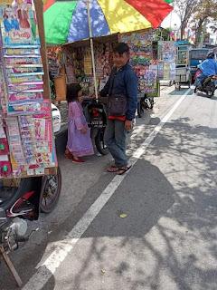 Usaha Mainan Anak Keliling Dan Tips Agar Jualan Laris Manis