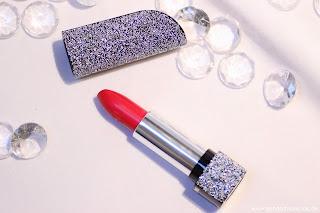 Review: Lancôme L'Absolu Rouge Lippenstift Nr. 132 - klassisches Rot - www.annitschkasblog.de