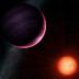 Astrónomos encuentran 'planeta monstruo' que no tendría que existir