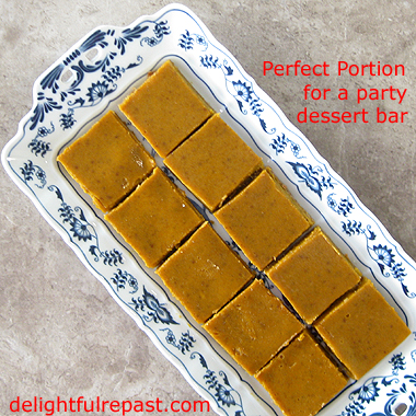 Pumpkin Slab Pie - Perfect for a Party Dessert Bar / www.delightfulrepast.com