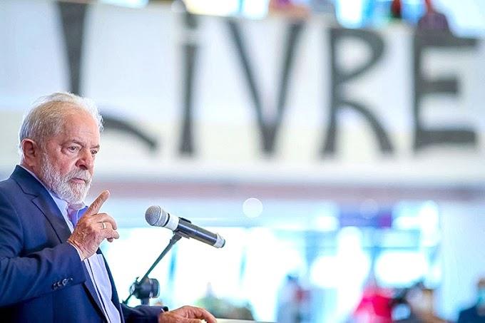 Lula dá 'pedalada fiscal' na namorada há quase dois anos