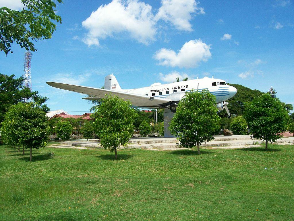 Monumen Pesawat Dakota Seulawah