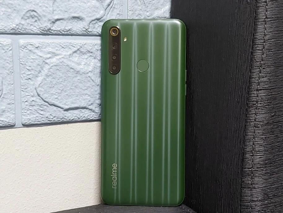Realme 6i Green Tea Classic Design by Naoto Fukasawa