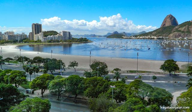 O Pão de Açúcar e a Enseada de Botafogo vistos do Botafogo Praia Shopping