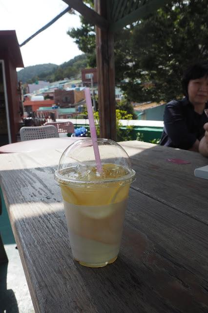 Citron honey lemon tea  (2,000 KRW, S$2.50)