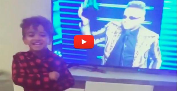 Hijos de Nacho enloquecieron en casa al ver a su padre en la TV recibiendo el premio