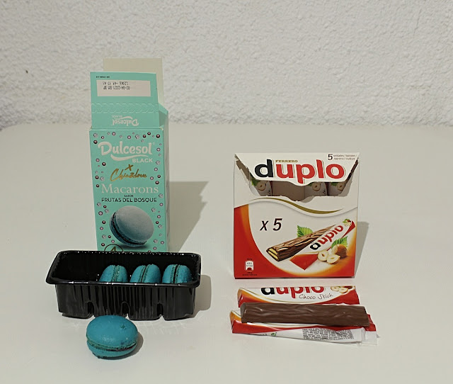 Dulcesol Black Macarons: