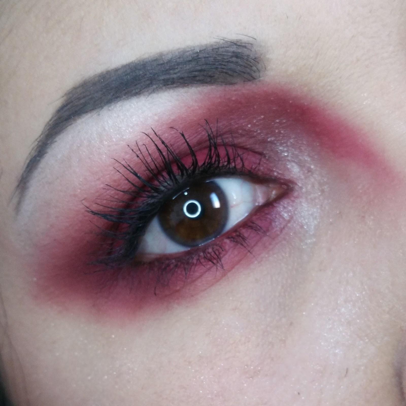 avis_burgundy_kylie_cosmetics_swatch_douane