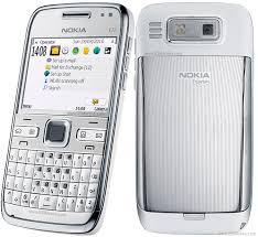 spesifikasi Nokia E72