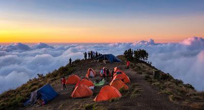 Here Plawangan Sembalun Crater Rim altitude 2639 meter Mount Rinjani