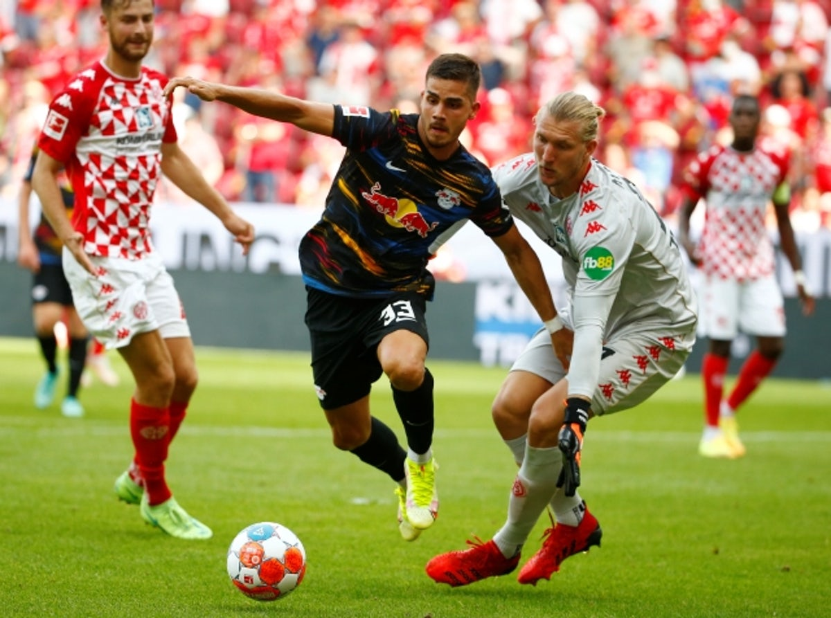 RB Leipzig vs Stuttgart Football Preview and Predictions 2021