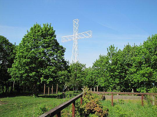 Krzyż milenijny na Chełmcu.