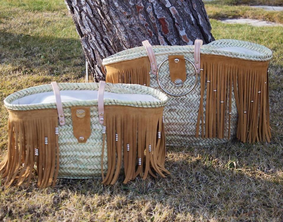cestos de playa con flecos de ante
