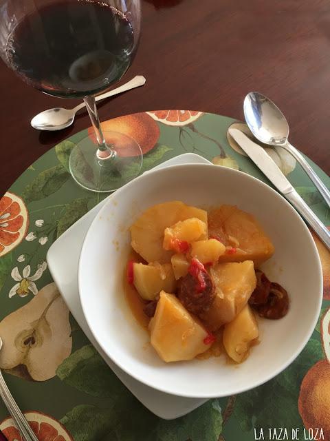patatas-riojanas-en-la-mesa