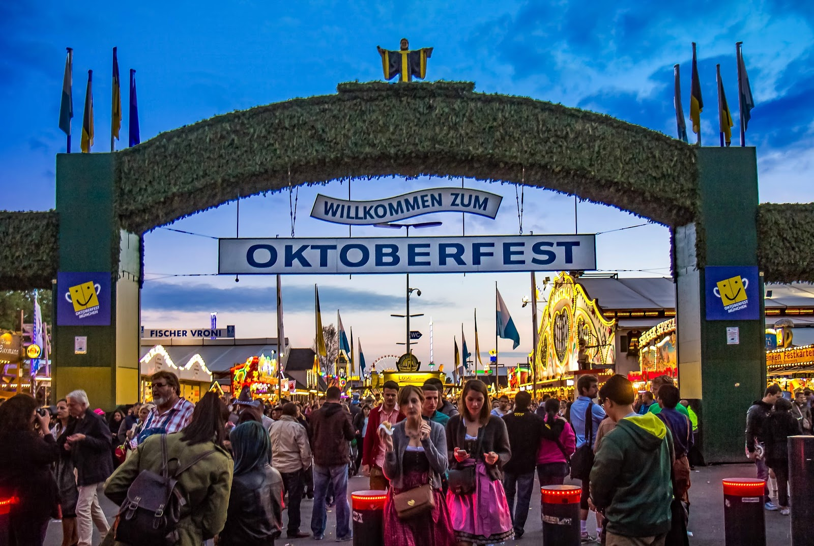 Oktoberfest tent & Top Beer Tents at Oktoberfest 2017 - Hop On and Hop Off