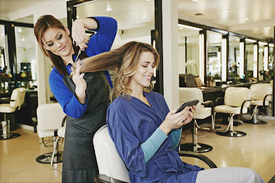 How Can Hairdresser Do Your Makeover?
