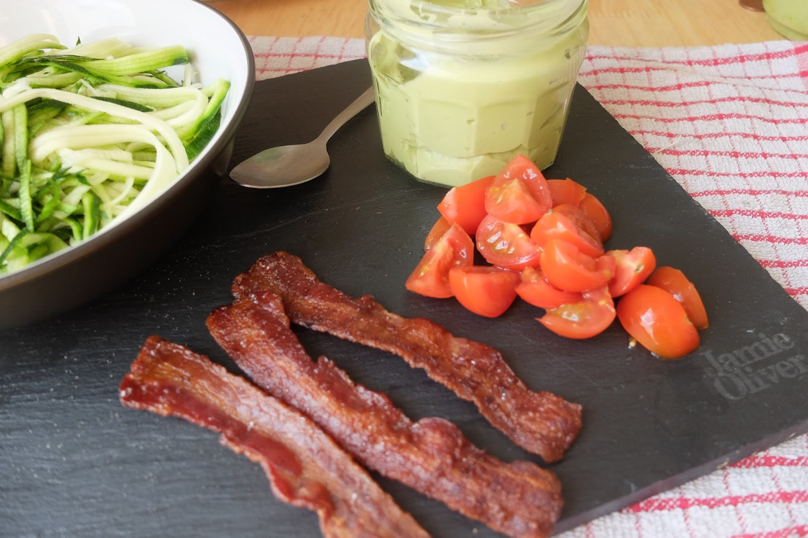 tomato bacon and guacamole