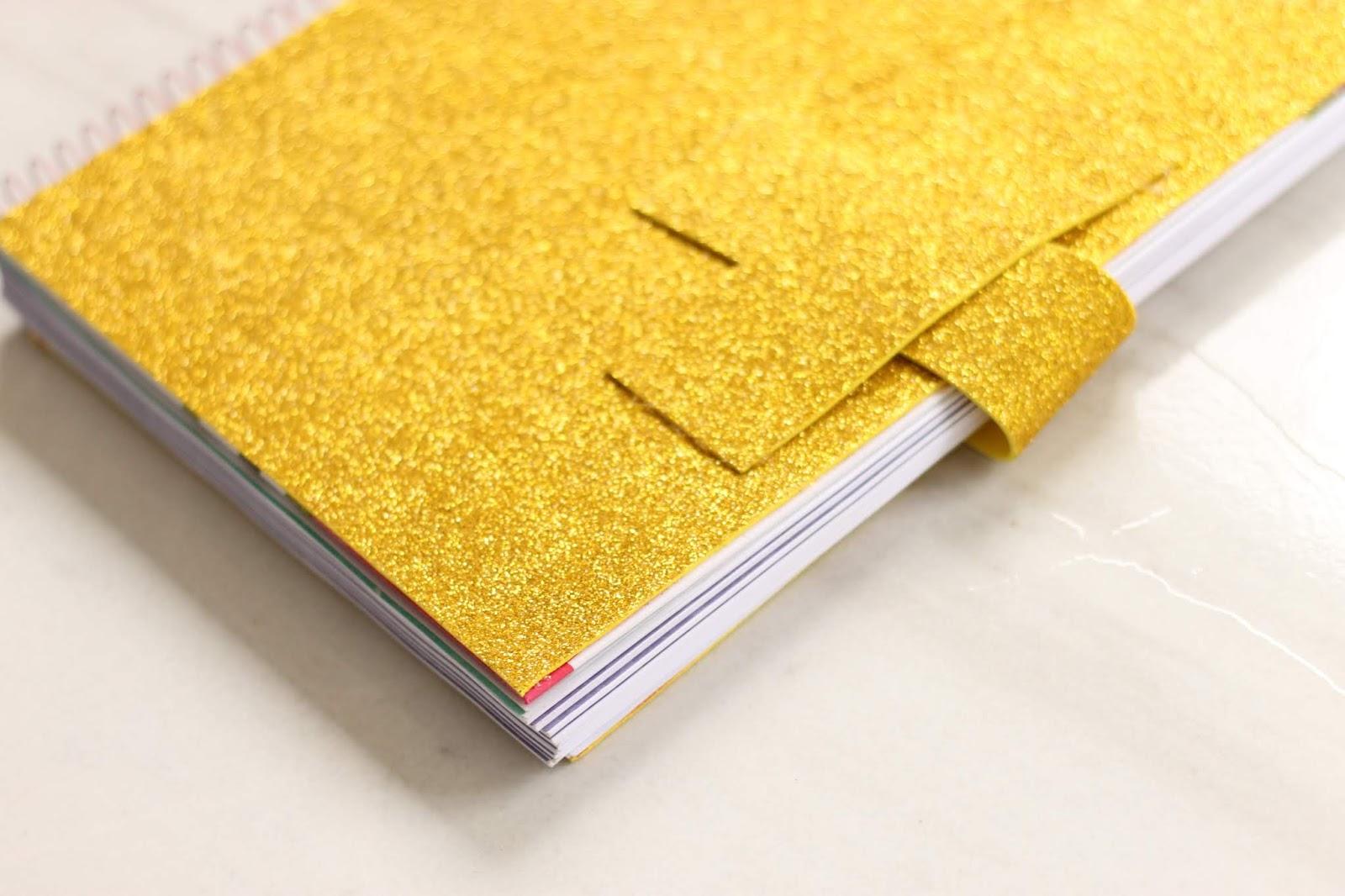 Caderno com capa de Glitter