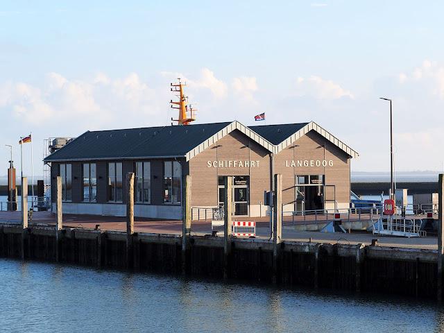 Langeoog, Fähre, Hafen, Gebäude