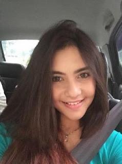 Profil Moniq Crasivaya Terbaru
